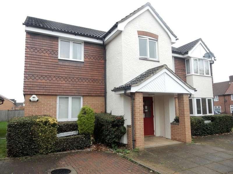 1 Bedroom Flat for sale in Sparks Close, Dagenham, Essex, RM8 3DG