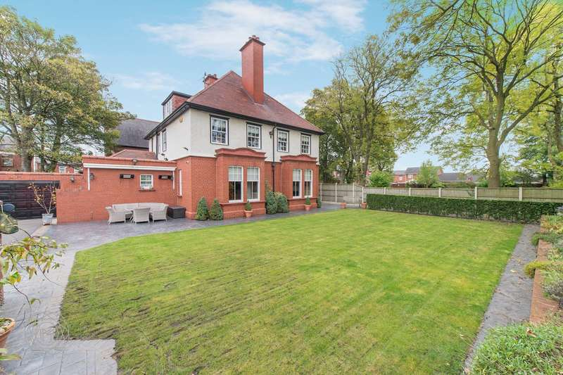 6 Bedrooms Detached House for sale in Thomas Street, Hindley Green, Wigan, WN2