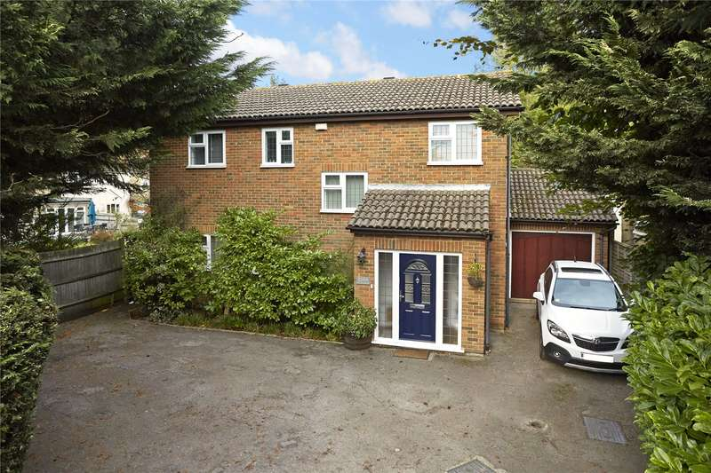 4 Bedrooms Detached House for sale in Kingston Road, Epsom, Surrey, KT19
