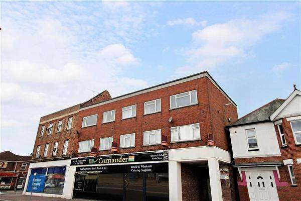 2 Bedrooms Flat for sale in Wimborne Road, Bournemouth