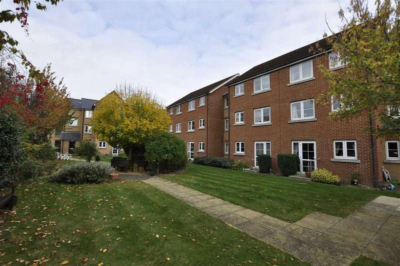1 Bedroom Apartment Flat for sale in Albert Court, Railway Street, Braintree