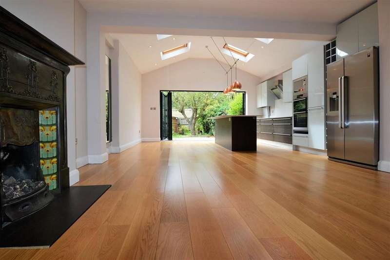 4 Bedrooms House for sale in Kingsway, East Sheen