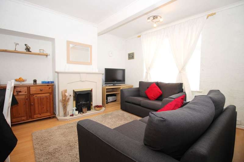 3 Bedrooms Property for sale in Lessness Road, Morden, SM4