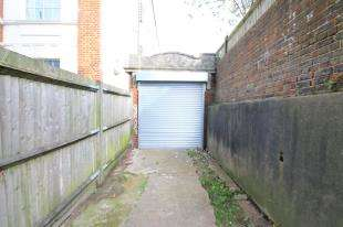 Detached House for sale in Coombe Road