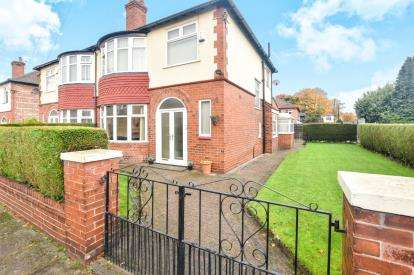 3 Bedrooms Semi Detached House for sale in Ruskin Road, Old Trafford, Manchester, Greater Manchester