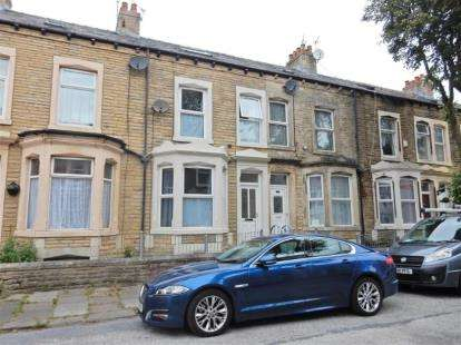 4 Bedrooms Terraced House for sale in Cambridge Road, Morecambe, Lancashire, United Kingdom, LA3