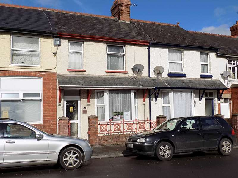 3 Bedrooms Terraced House for sale in Victoria Avenue, Chard