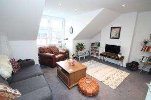 1 Bedroom Flat for sale in Woodstock Road, East Croydon, Surrey