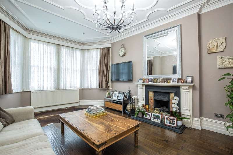 1 Bedroom Apartment Flat for sale in Fox Lane, Palmers Green, London, N13