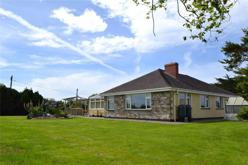 5 Bedrooms Detached Bungalow for sale in Gwithian Road, Connor Downs, Hayle