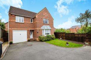 4 Bedrooms Detached House for sale in Whigham Close, Ashford, Kent