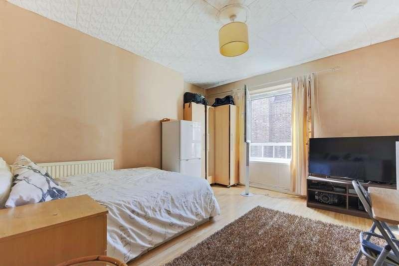 2 Bedrooms Flat for sale in Peckham Road, London SE5