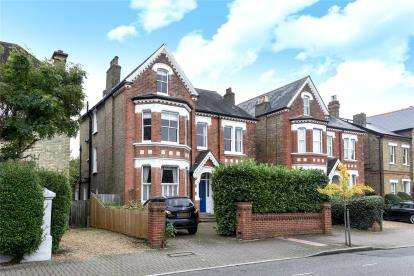 6 Bedrooms Detached House for sale in Hayne Road, Beckenham