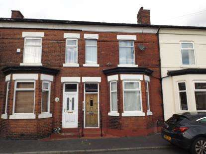 3 Bedrooms Terraced House for sale in Holly Avenue, Urmston, Manchester, Greater Manchester