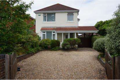 4 Bedrooms Detached House for sale in Branksome, Poole, Dorset