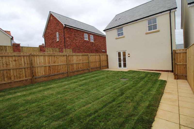 2 Bedrooms Detached House for sale in Court Barton Close Silver Street, Thorverton, Exeter, EX5