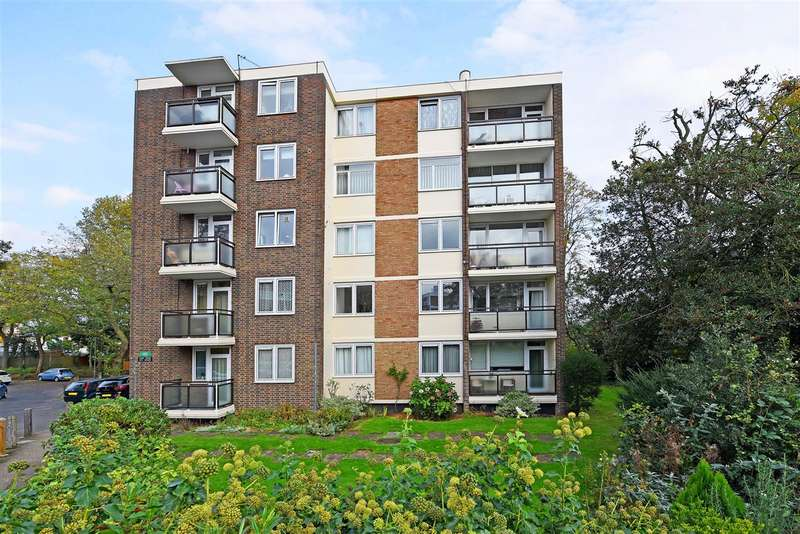 2 Bedrooms Apartment Flat for sale in Lusher House, Kersfield Road, London