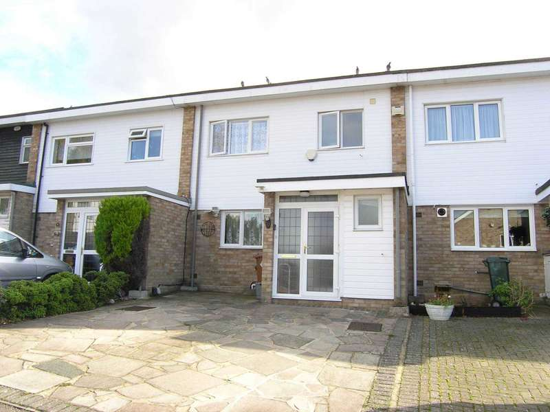3 Bedrooms Terraced House for sale in Hangar Ruding, Carpenders Park