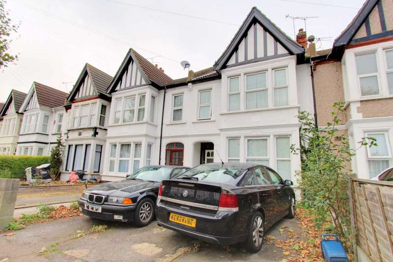 2 Bedrooms Flat for sale in Anerley Road, Westcliff On Sea