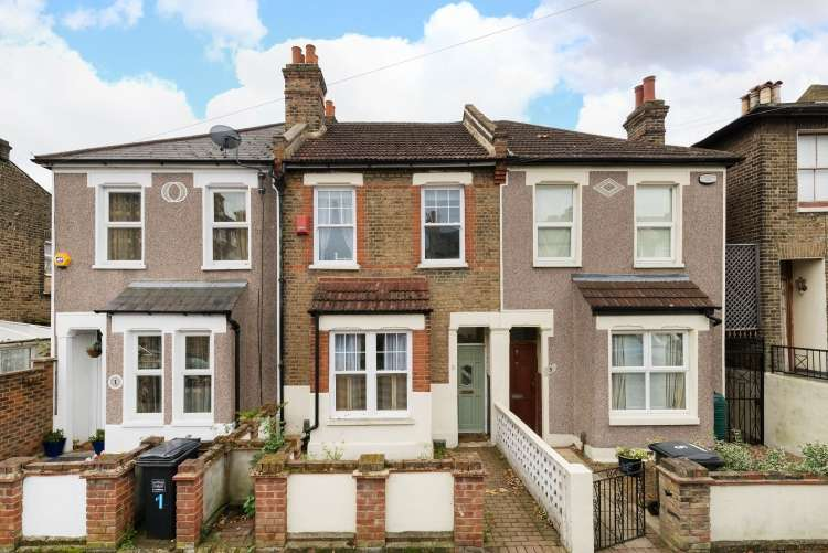3 Bedrooms House for sale in Ronver Road Lee SE12