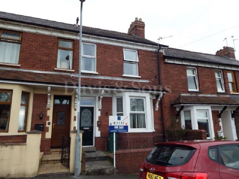 3 Bedrooms Terraced House for sale in Gibbs Road, Off Chepstow Road, Newport. NP19 8AU