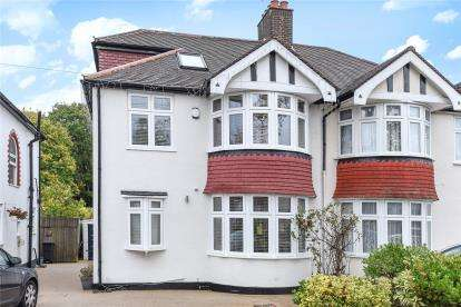 4 Bedrooms Semi Detached House for sale in Links View Road, Croydon