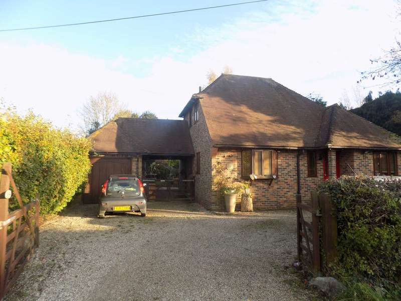 5 Bedrooms Detached House for sale in Sunkosi House,Spithurst Road, Barcombe, BN8 5EF