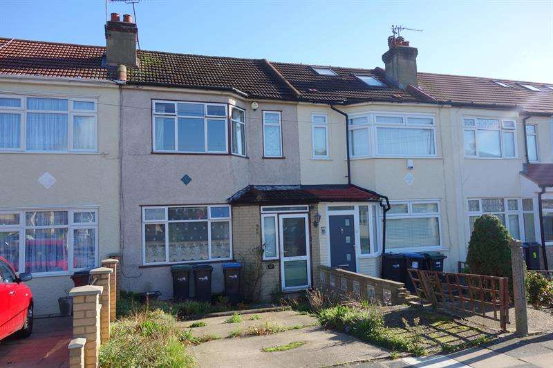 2 Bedrooms Terraced House for sale in Pembroke Avenue, Enfield