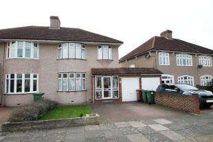 3 Bedrooms Semi Detached House for sale in Hurlingham Road, Bexleyheath, Kent