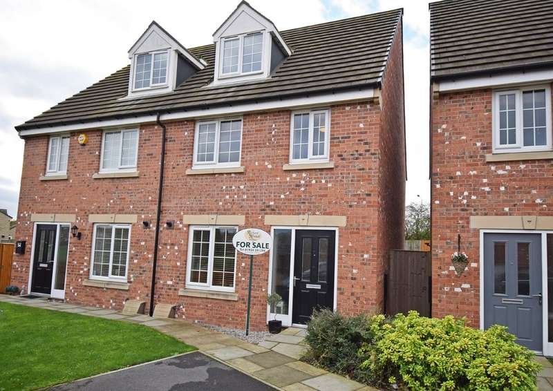 3 Bedrooms Semi Detached House for sale in Noble Road, Outwood, Wakefield