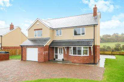 4 Bedrooms Detached House for sale in Cae Llan, Llangernyw, Abergele, Conwy, LL22