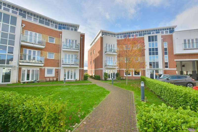 1 Bedroom Apartment Flat for sale in Hamworthy, Poole, BH15