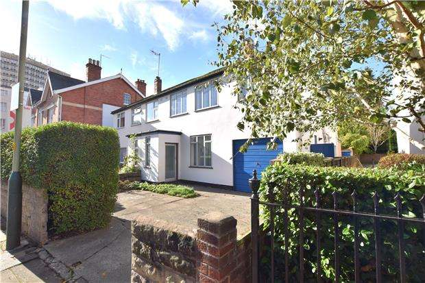 4 Bedrooms Semi Detached House for sale in Bath Road, CHELTENHAM, Gloucestershire, GL53 7LH