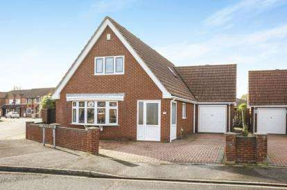 3 Bedrooms Detached House for sale in St Margarets Avenue, Skegness, Lincolnshire