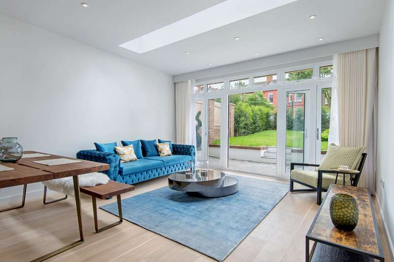 3 Bedrooms House for sale in Minster Road, West Hampstead