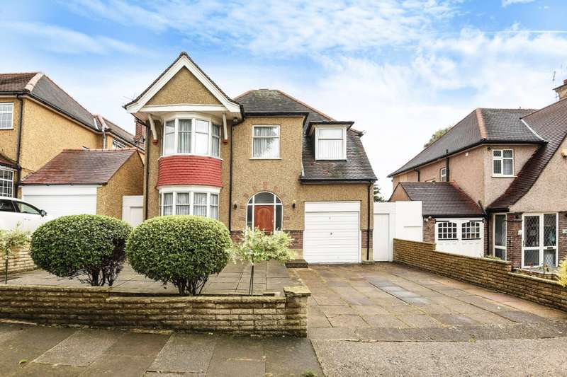 4 Bedrooms Detached House for sale in Lapstone Gardens, Kenton, HA3