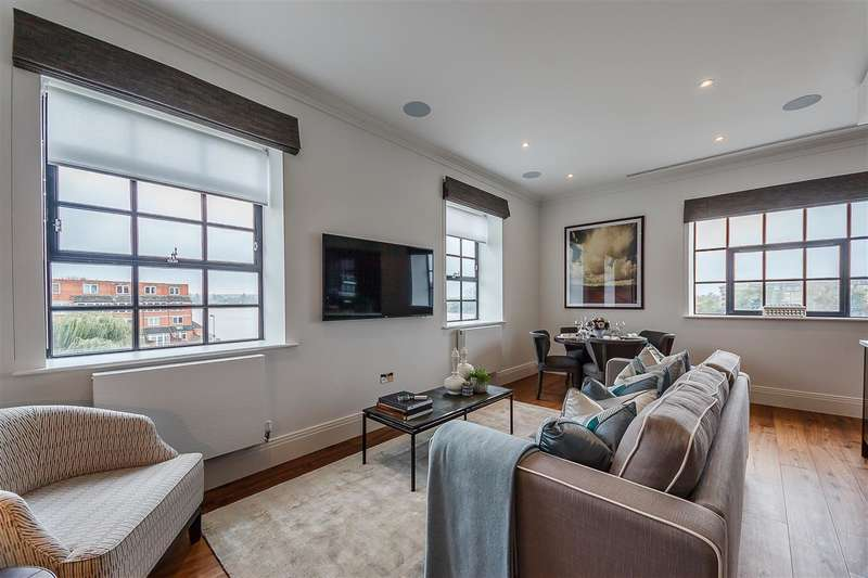 3 Bedrooms Apartment Flat for rent in Starboard Penthouse, Palace Wharf, Hammersmith