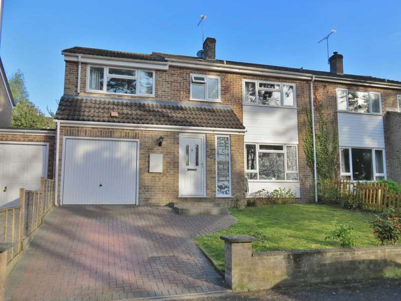 4 Bedrooms Semi Detached House for sale in Bourne Vale, Hungerford