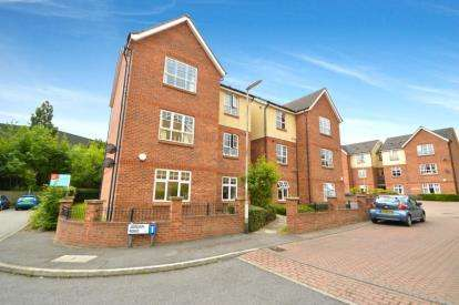 2 Bedrooms Flat for sale in Jordan Road, Stanningley, Pudsey, West Yorkshire