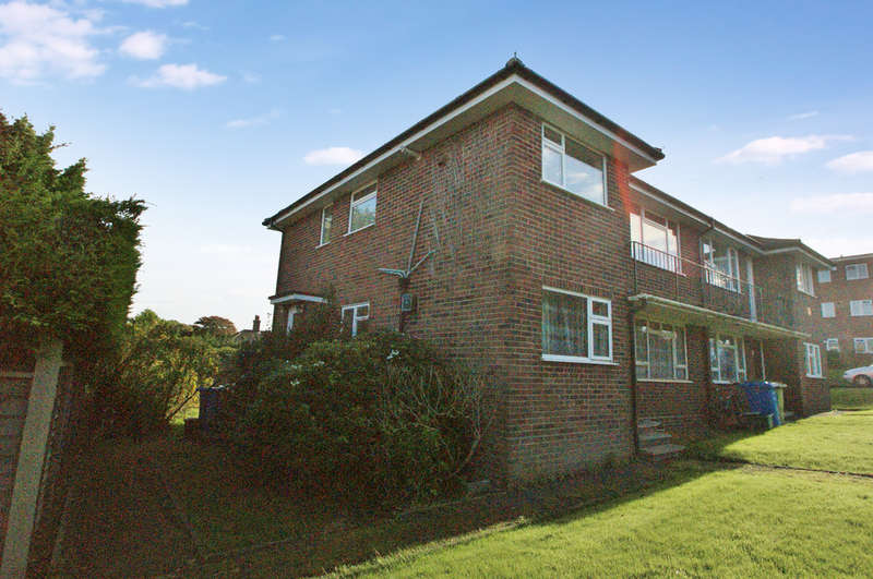 2 Bedrooms Flat for sale in Lilburne Avenue, Norwich