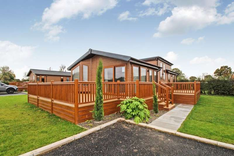 2 Bedrooms Detached Bungalow for sale in The Ridgwood, Royal Vale, London Road, Allostock, Knutsford, WA16