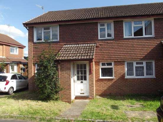 1 Bedroom Maisonette Flat for sale in Farncombe, Godalming, Surrey
