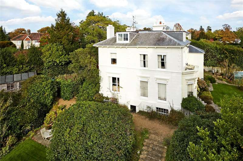 2 Bedrooms Flat for sale in Bishopscroft, Camden Park, Tunbridge Wells, Kent, TN2