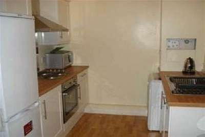 5 Bedrooms Property for rent in Albert Road, NG7