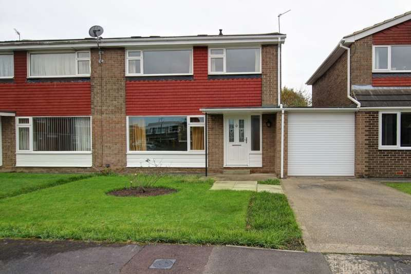 3 Bedrooms Semi Detached House for sale in Cheveley Walk, Durham, DH1