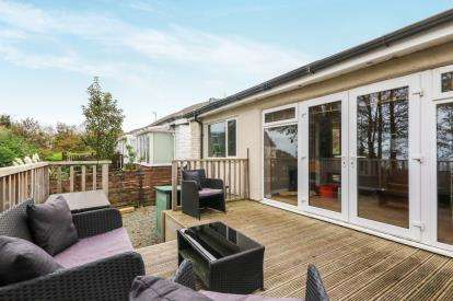 2 Bedrooms Bungalow for sale in Merton Bungalows, Fernbrook Road, Penmaenmawr, Conwy, LL34