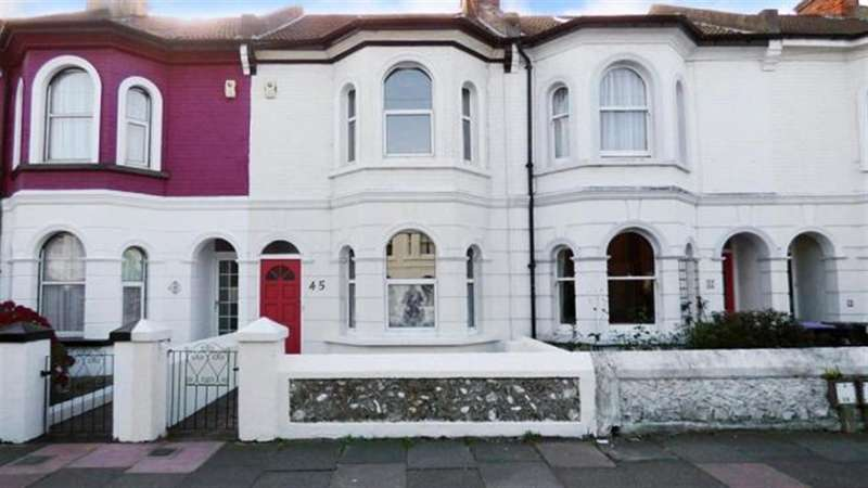 3 Bedrooms Terraced House for sale in Queen Street, Worthing, West Sussex, BN147BL