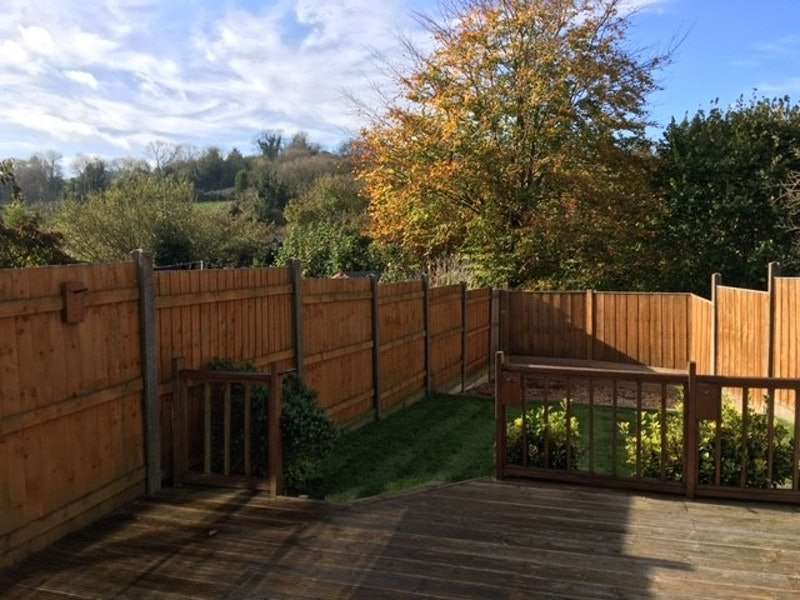 4 Bedrooms Semi Detached House for sale in Eskdale Close, Waterlooville, Hampshire, PO8