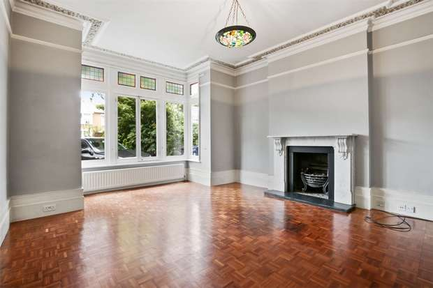 6 Bedrooms Semi Detached House for rent in The Avenue, Ealing
