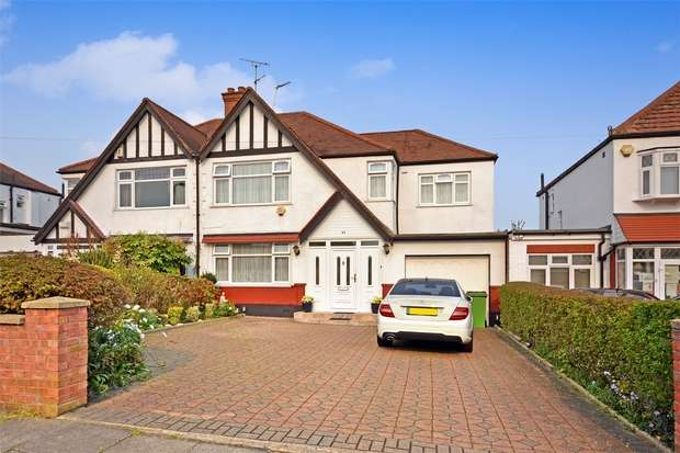 4 Bedrooms Semi Detached House for sale in Blockley Road, WEMBLEY, Middlesex